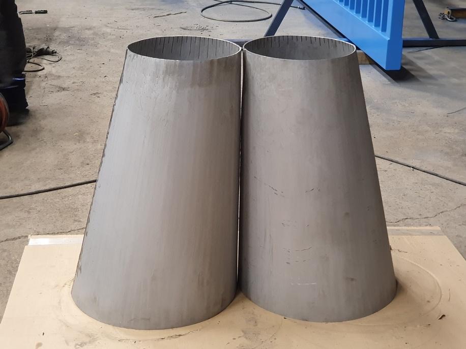 Tronc de cônes obliques réalisés par l'entreprise Doutres avec le l'outil de traçage MetalFox